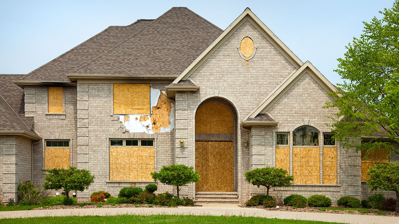 Why to Buy Foreclosed Home?