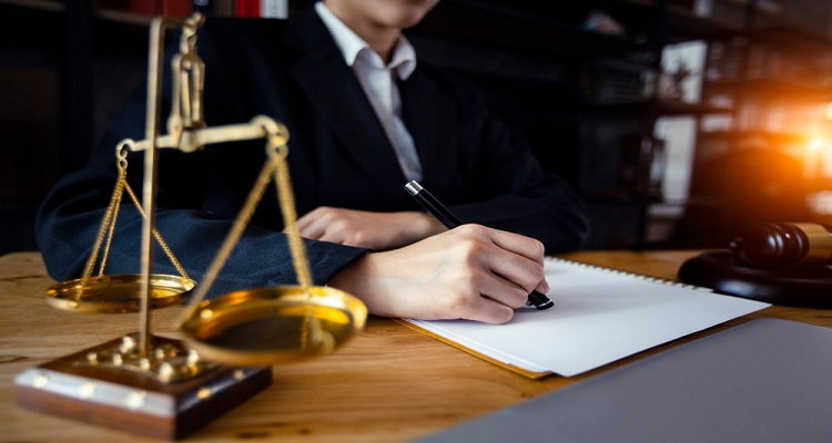 How to Choose the Right Worker Compensation Lawyer?