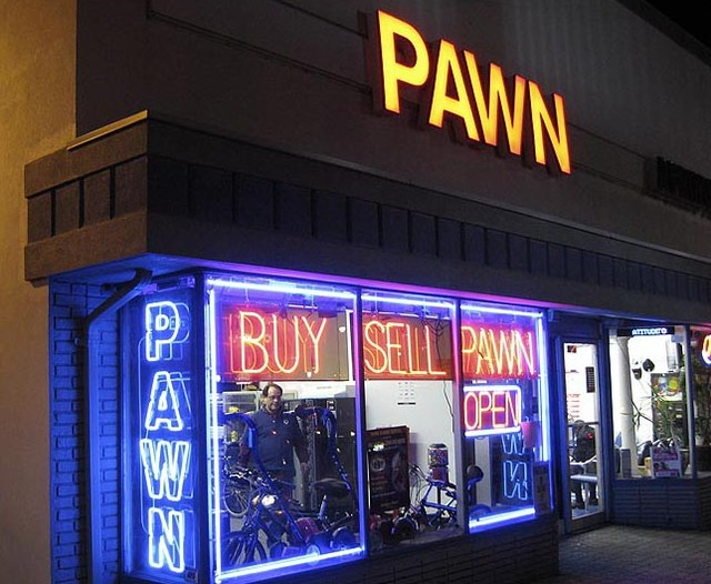 How to Use a Pawn Shop?